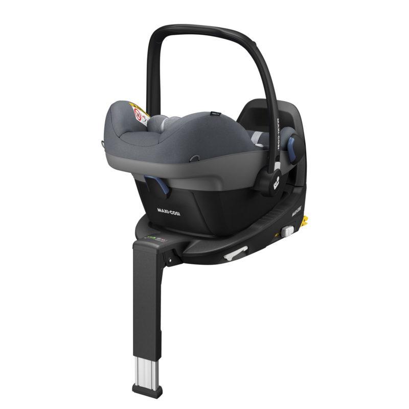 Maxi-Cosi Pebble Pro i-Size Car Seat with FamilyFix2 Base