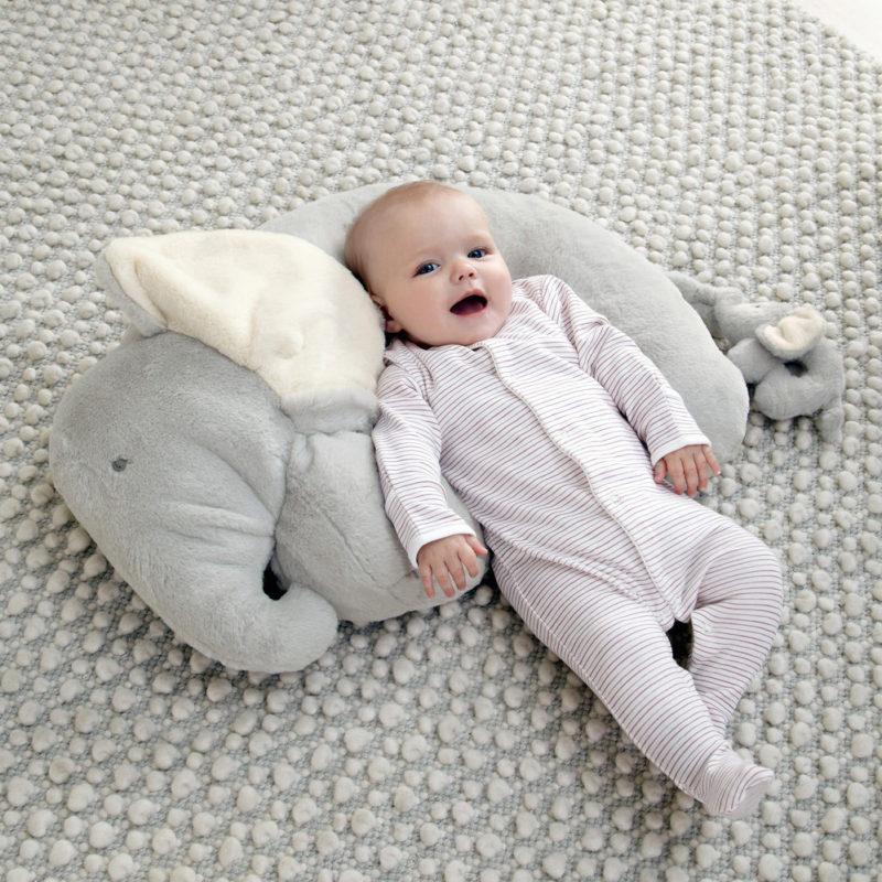 Mamas & Papas Tummy Time Snugglerug - Elephant and Baby